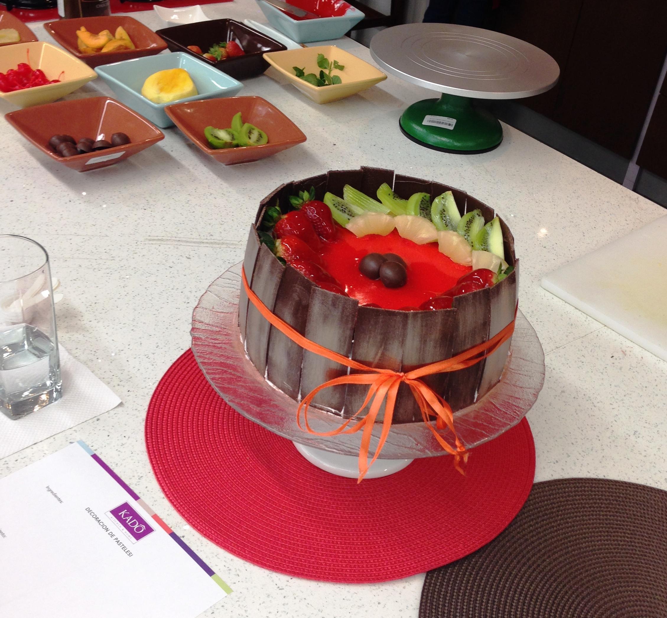¡Aprendiendo a decorar pasteles! en Kadó