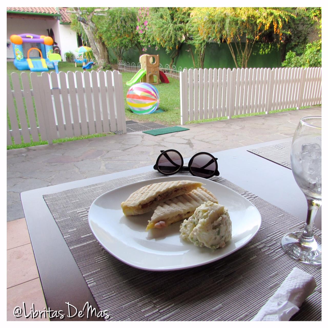 ¡El lugar perfecto para las tías! … La Petite Maison Kindercafe
