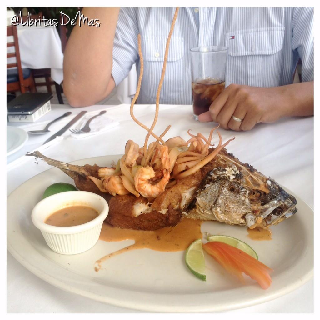 Restaurante Acajutla, restaurante, el salvador, sea food, mariscos, libritas de mas, food blog, fish, pescado, camarones, salvadoreño, comida, restaurantes de el salvador, fish tacos, tacos de pescado