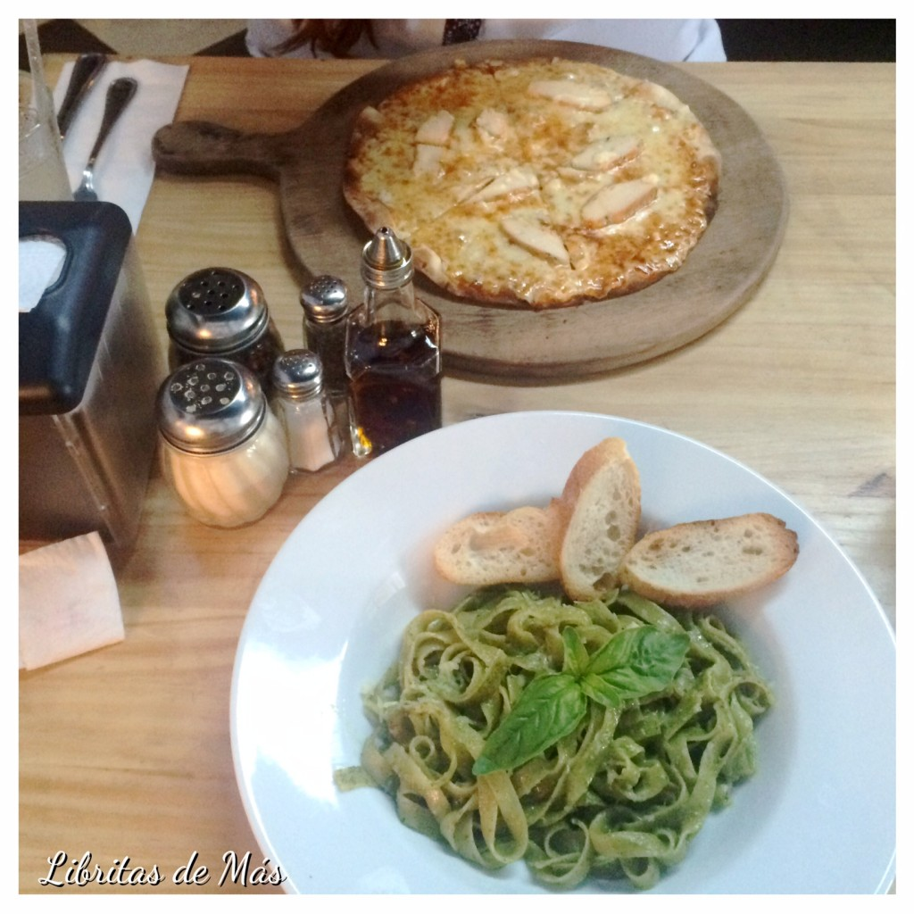 Scenarium, el salvador, restaurante, lunch, Lunch ejecutivo, almuerzo, pizza, buffalo, chicken, pasta, pesto, Kata, I heart novo, Ensalada , Capresse, Kevin Gómez, foodie , #Foodreview, #Delichuuuz, comida, platos, food blogger, food blog, que comer en el salvador, what to eat in el salvador, eat