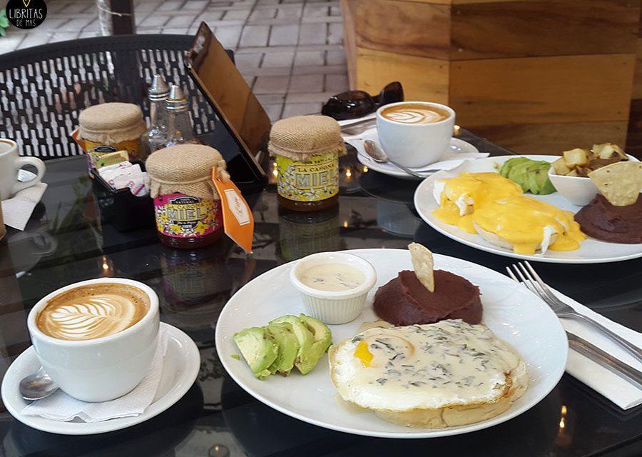 Desayunando con Mr. R… La Casona – San Benito