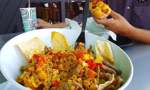 El parque de Food trucks más Fancy de Sivar – The Parking Lot